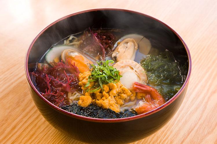 海鮮料理處 小舟渡的「磯拉麵」