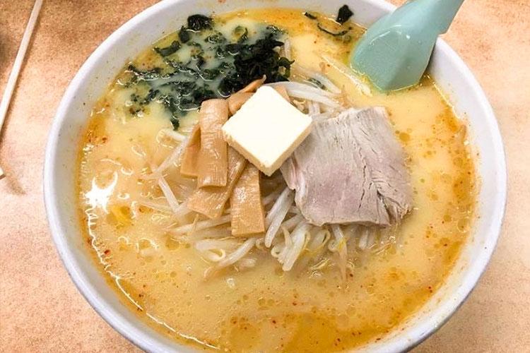 札幌大西之味的「味噌咖哩牛奶拉麵」