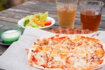 """在八戶隱居餐廳品嚐精美的""""鯖魚烤披薩"""""""