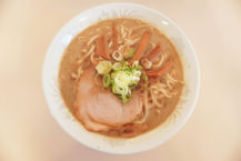 濃厚魚乾風味拉麵創始店! .. 來自日本全國各地的愛好者持續增加中!