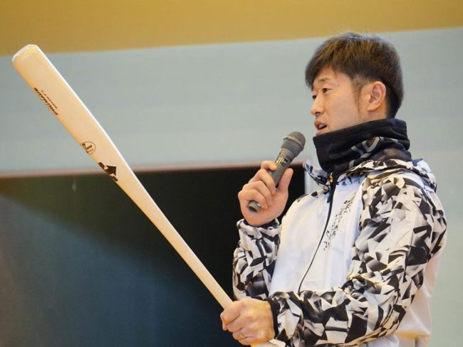 獅子會和外崎與弘前市的當地球迷互動 回望這個季節
